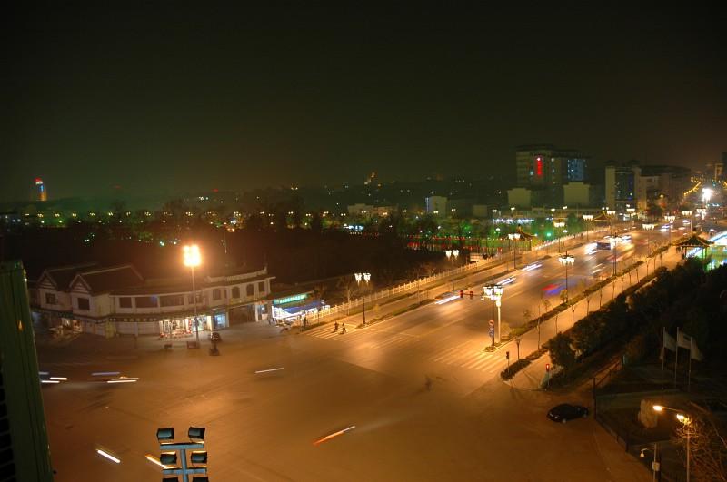 Traffic at night-© Rogier Vermeulen