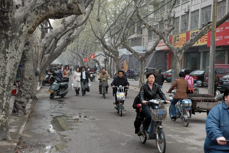 Bikes in Yangzhou-© Rogier Vermeulen
